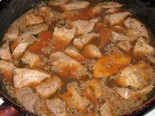 Печень индейки, тушеная в соевом соусе