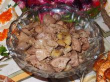 Куриная печень с бананами
