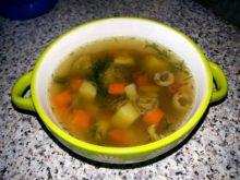 Суп с чечевицей и брюссельской капустой