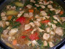 Суп с куриной печенкой на пряном бульоне
