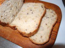 Яичный хлеб с горчицей и семенами льна