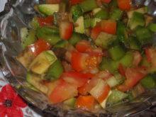 Салат с киви и авокадо