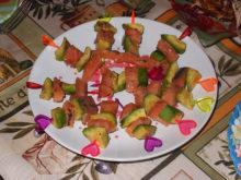 Канапе с красной рыбой и авокадо