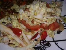 Салат из пекинской капусты с ананасами
