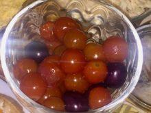 Маринованные черри с виноградом