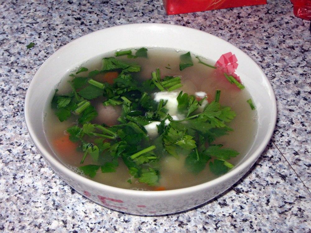 Говяжий суп с фрикадельками и рисом