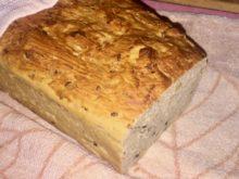 Хлеб с горчицей и семенами льна в духовке
