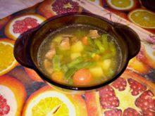 Суп с куриной печенью и стручковой фасолью